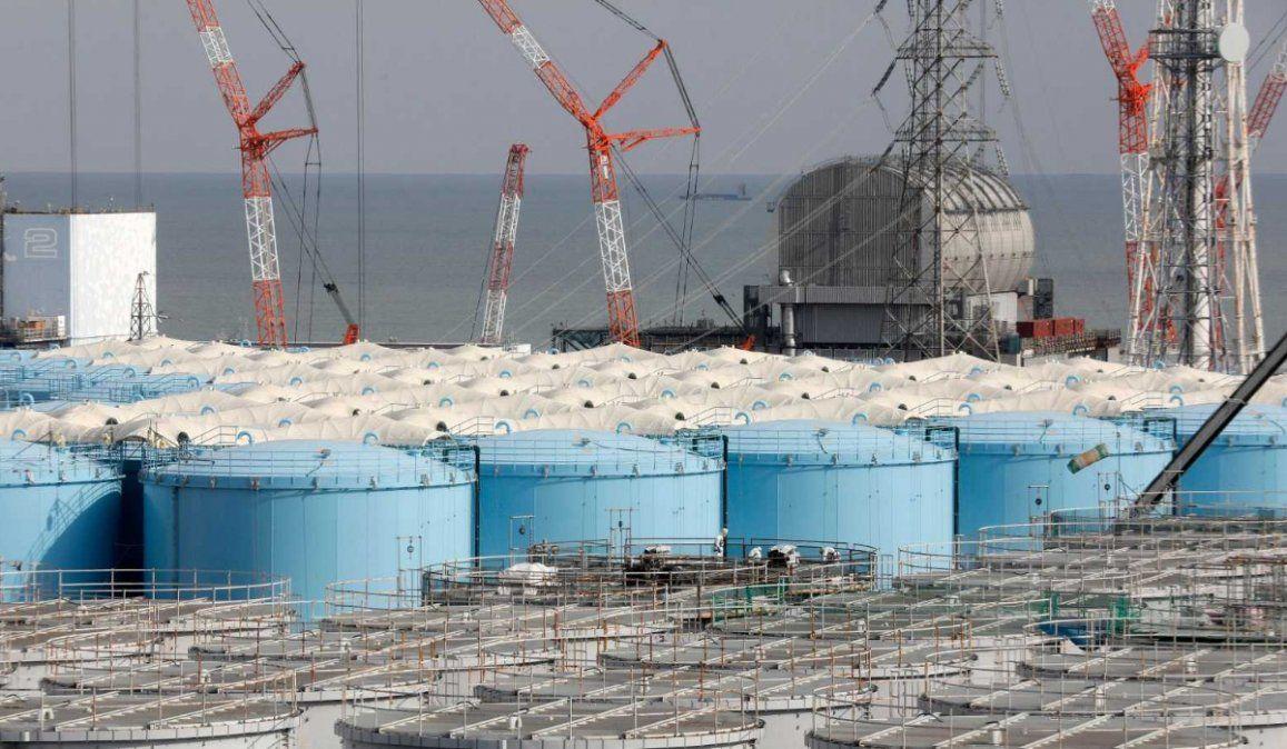 Japón quiere tirar al mar el agua de Fukushima y se encendieron las alarmas