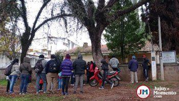 Vecinos de las 14 Hectáreas recibieron viviendas a medio terminar