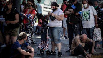 La desocupación afecta a 1,3 millones de argentinos