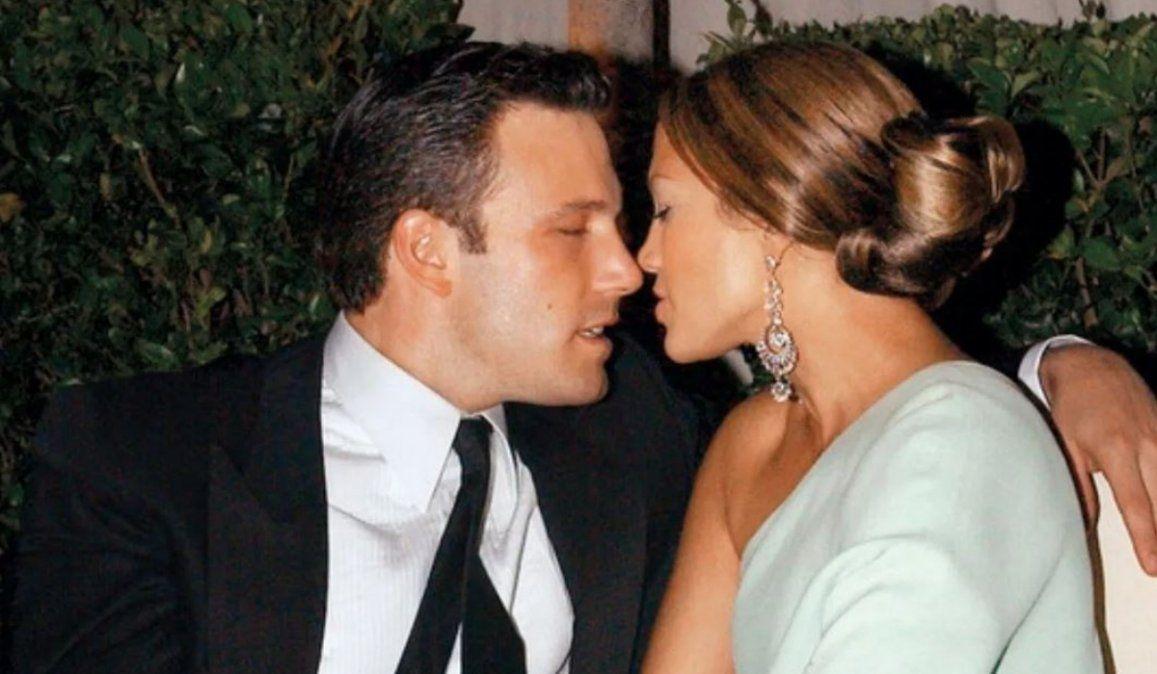 J-Lo y Ben Affleck ya no se esconden y fueron fotografiados a los besos