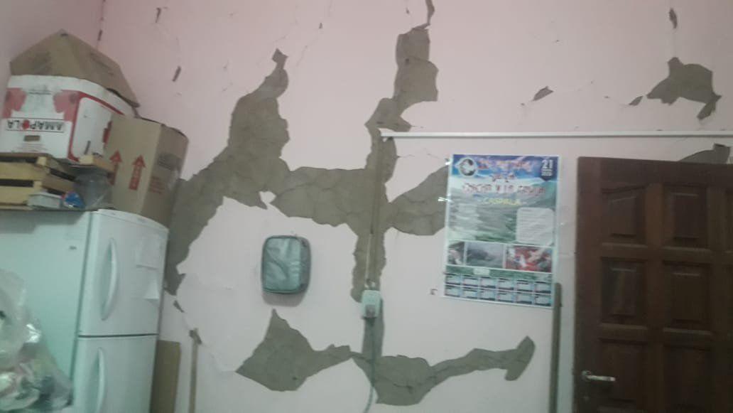 Impresionantes imágenes: Algunas casas de Caspalá y un colegio secundario con peligro de derrumbe