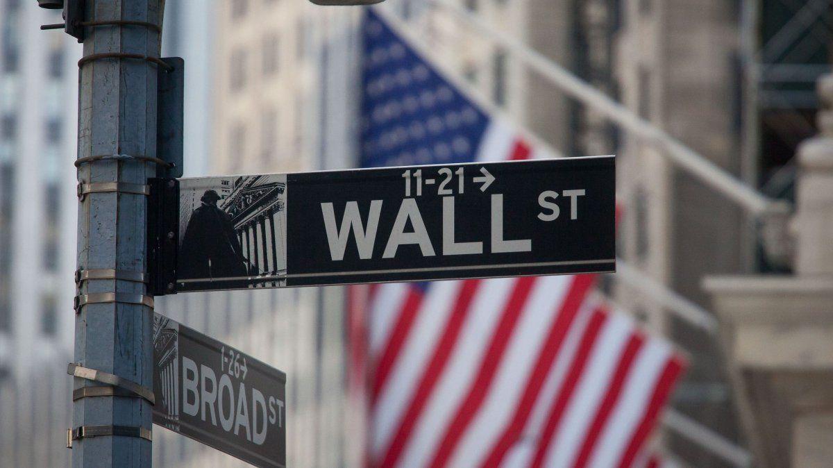 Bitcoins y Reddit: la historia de los foristas que están hackeando Wall Street