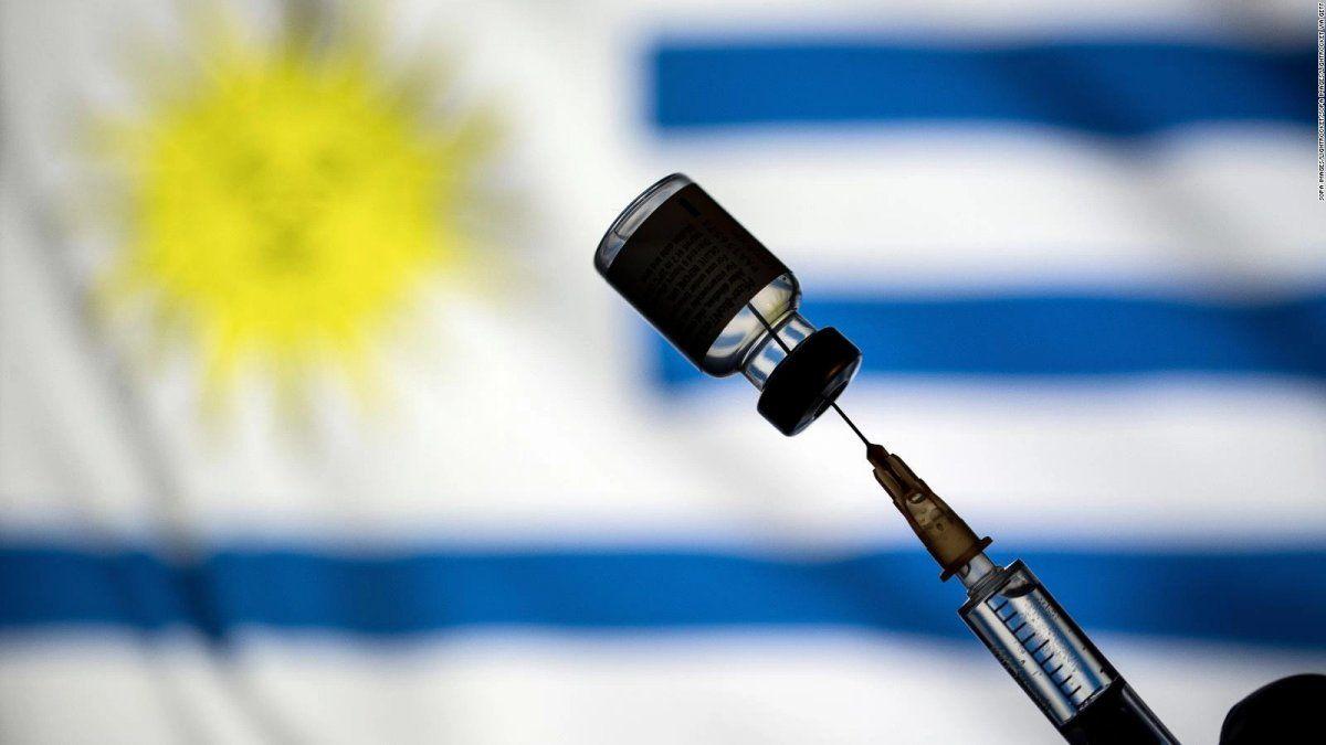 Uruguay abrió el registro para aplicar terceras y cuartas dosis de la vacuna de Pfizer