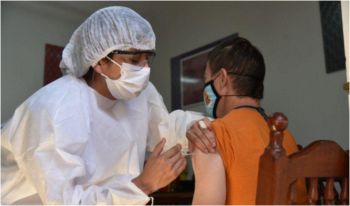 El martes comienza la vacunación a adolescentes y será por demanda espontánea
