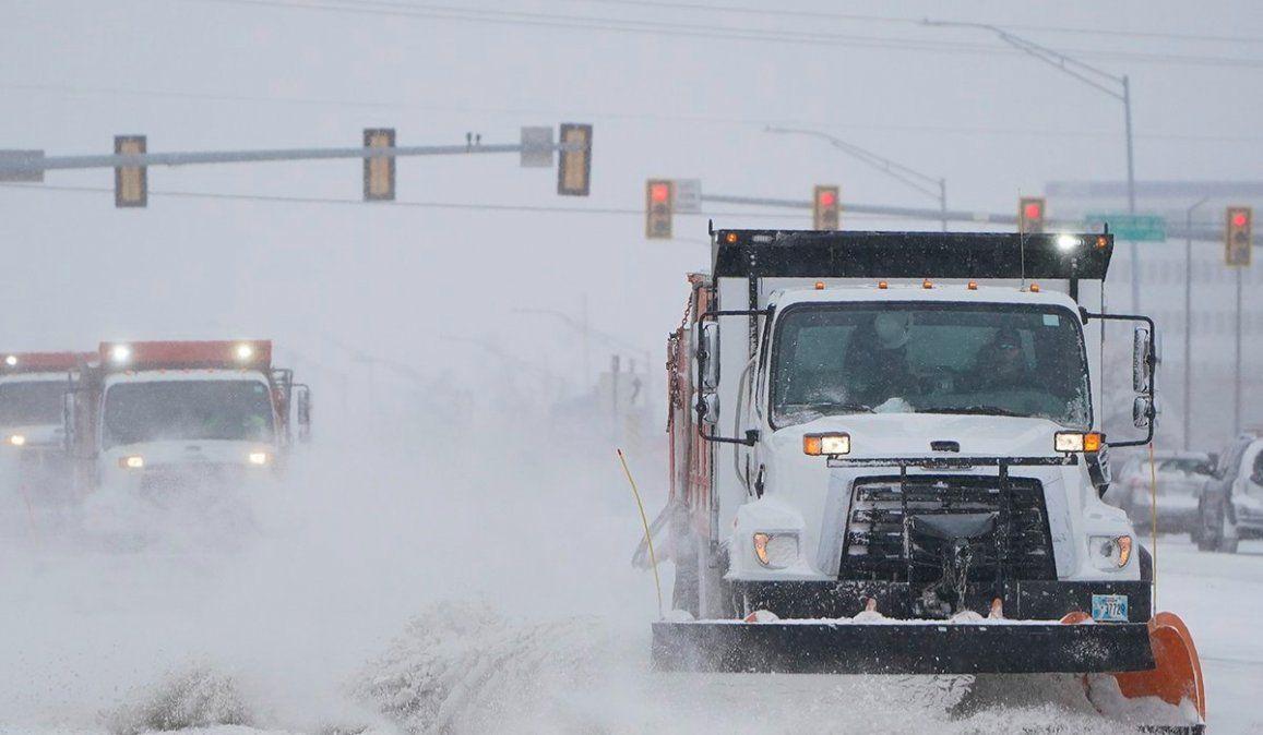 Más de 20 muertos en EE.UU. y casi 4 millones de hogares sin luz por la ola de frío polar