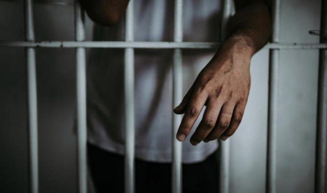 Violó a la hija adolescente de su pareja: lo condenaron a 8 años de cárcel