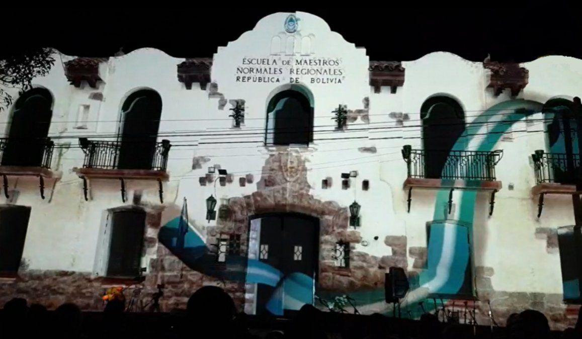 Un increíble mapping se proyectó por los 100 años de la Escuela Normal de Humahuaca