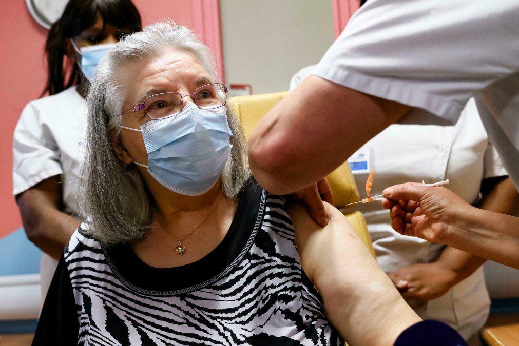 Vacunación: En el país, más del 86% de los mayores de 18 ya tiene al menos una dosis