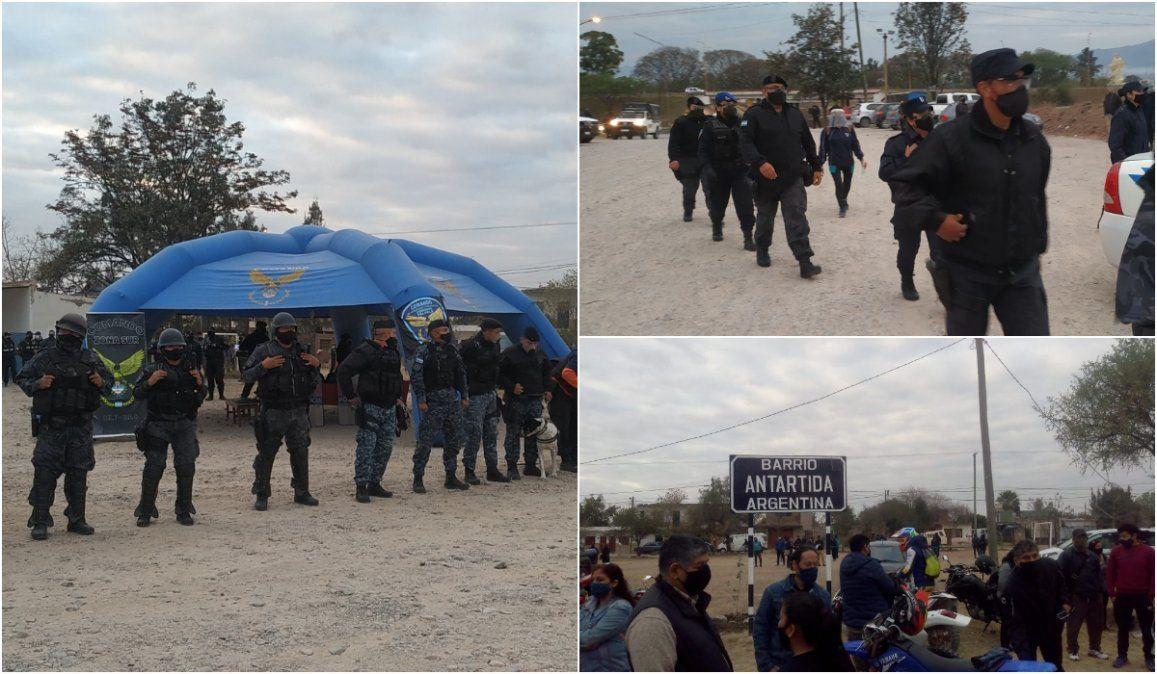 Policías, bomberos y canes buscan a las dos jóvenes desaparecidas en Palpalá