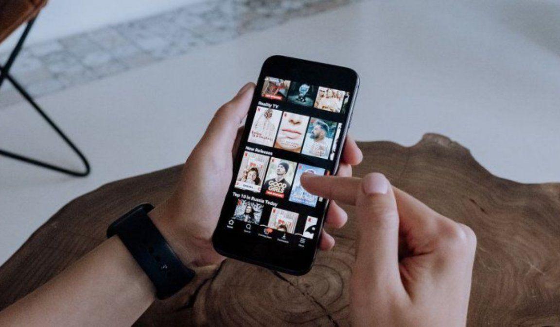 Alerta por virus que se hace pasar por Netflix para robar cuentas de WhatsApp