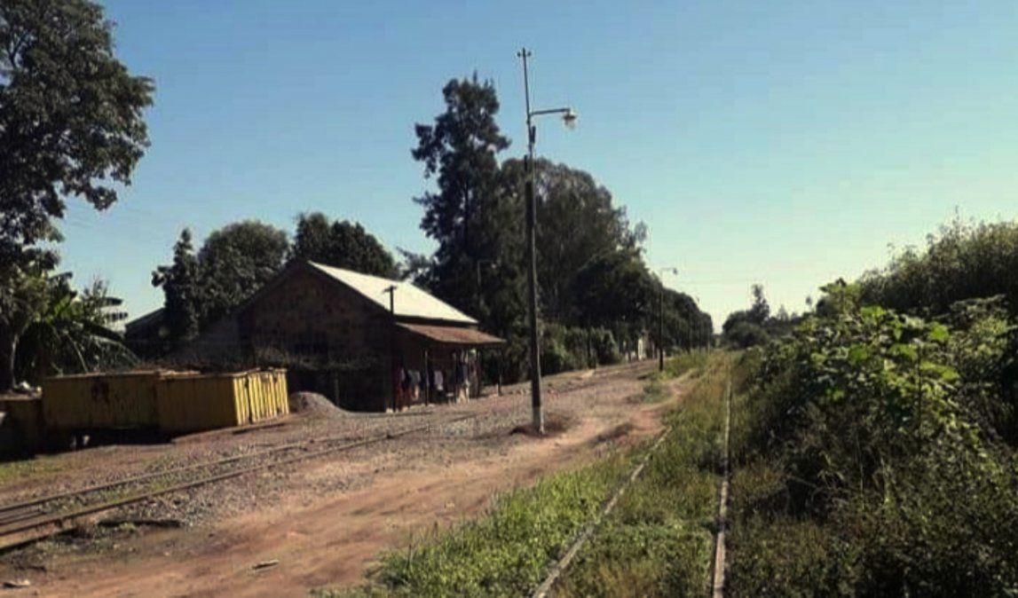 Investigan la muerte de un hombre, hallado en las vías del tren