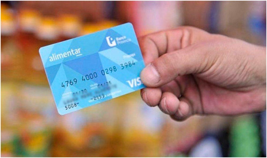 Acreditaron las tarjetas AlimentAR con un incremento del 50%