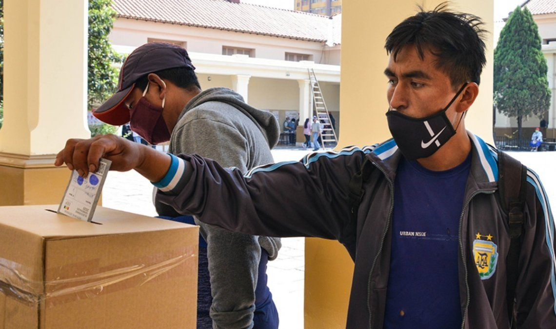 Importante cantidad de ciudadanos bolivianos votaron en Jujuy