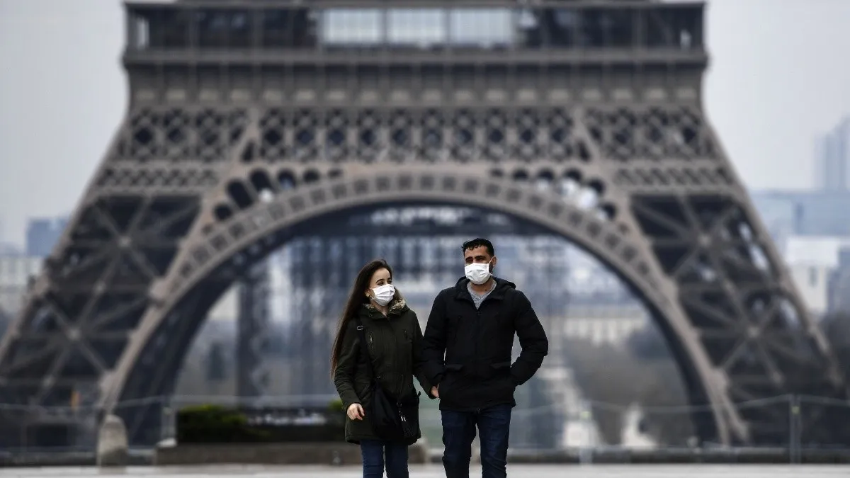 El gobierno francés pronosticó que el país podría volver a la normalidad en abril