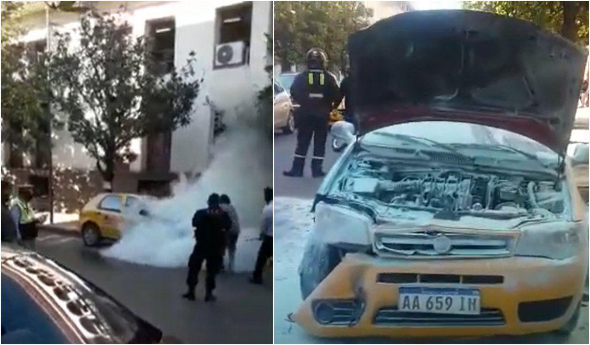 VIDEO: Un remis se prendió fuego en pleno centro