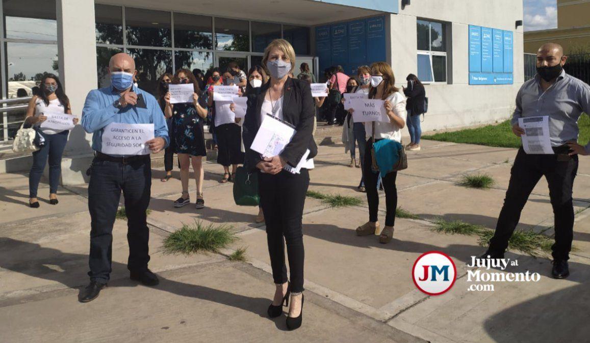 Abogados se manifestaron en ANSES para pedir mayor agilidad en los trámites
