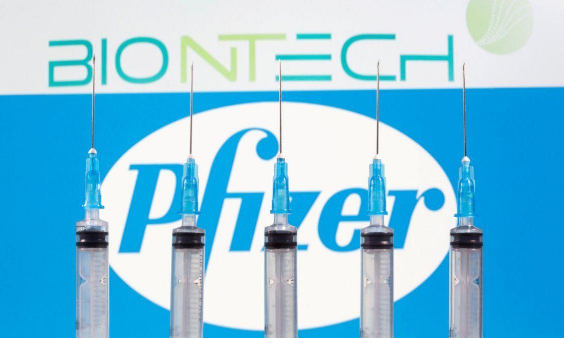 Pfizer anunció que su vacuna elevó su eficacia al 95% y pedirá que la autoricen