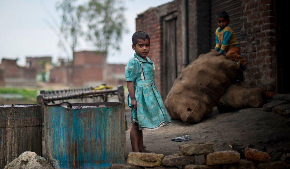La niñez en India con riesgo de sufrir pobreza y hambre por la feroz segunda ola