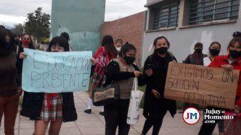 Tomaron un colegio de Monterrico porque Educación no manda docentes